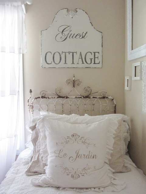 Guest Cottage sign in guest room at Junk Chic Cottage