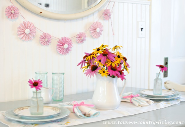 Simple Summer table setting for two