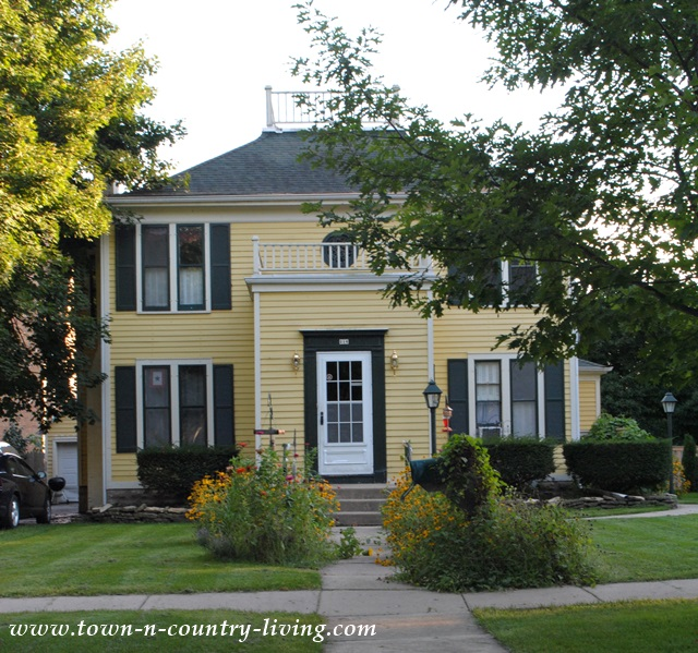 Tour of 15 Historic Homes in Geneva Illinois
