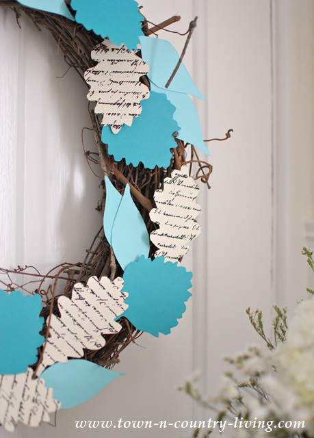Details of DIY Fall Wreath with Free Printable