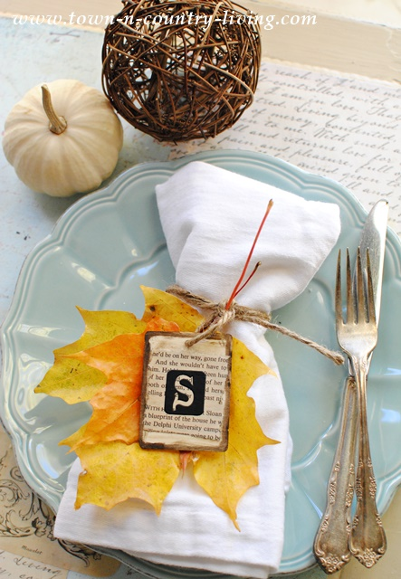 Autumn Place Card made with leaves and wooden tag
