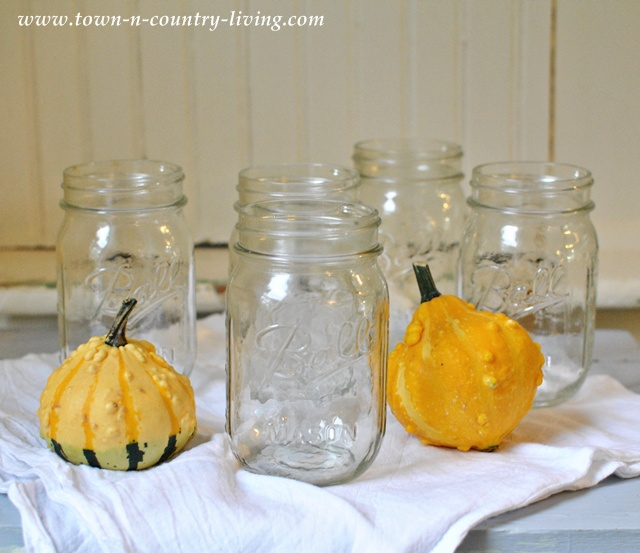 Mason jars can be used for a variety of home decor projects