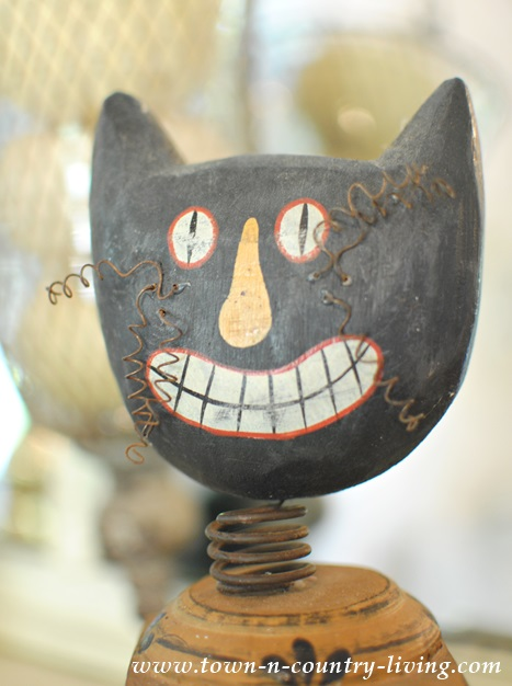 Vintage Halloween Cat Decoration