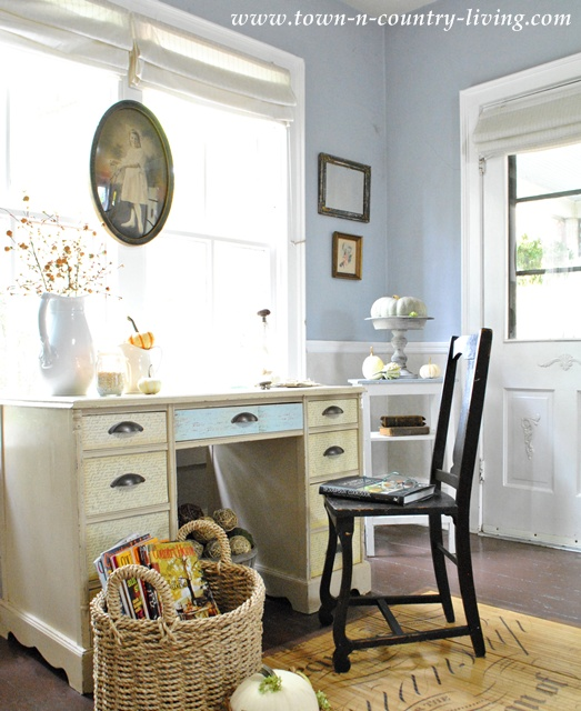 Country Style Farmhouse Entryway