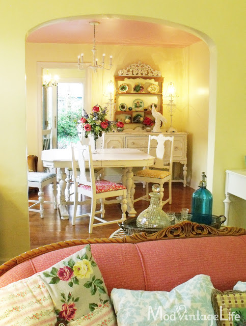 Old style glam dining room