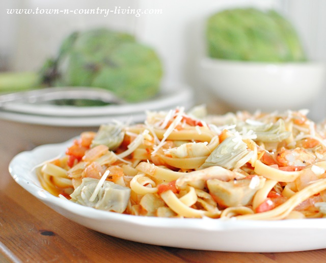 Artichokes and Tomatoes Pair with Fettuccine for a Quick and Tasty Meal