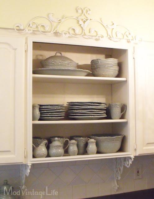 Filagree details in a cottage kitchen