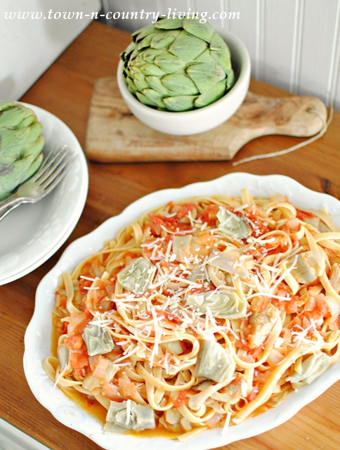Fettuccine with Artichokes and Tomatoes