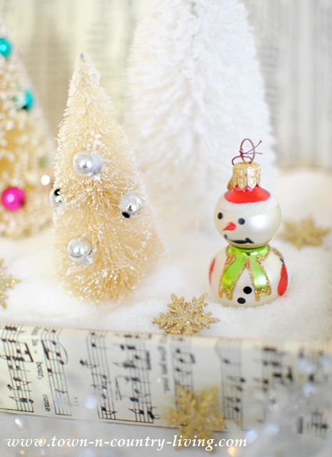 DIY Christmas Decor from Thrift Store Find