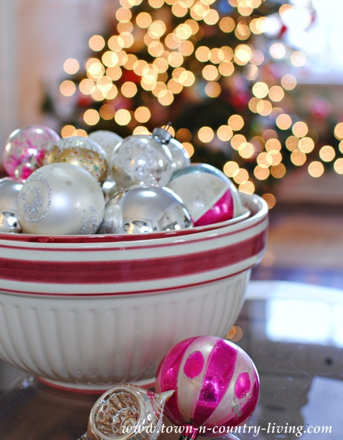 Christmas Decorating with a Vintage Bowl of Shiny Brite Ornaments