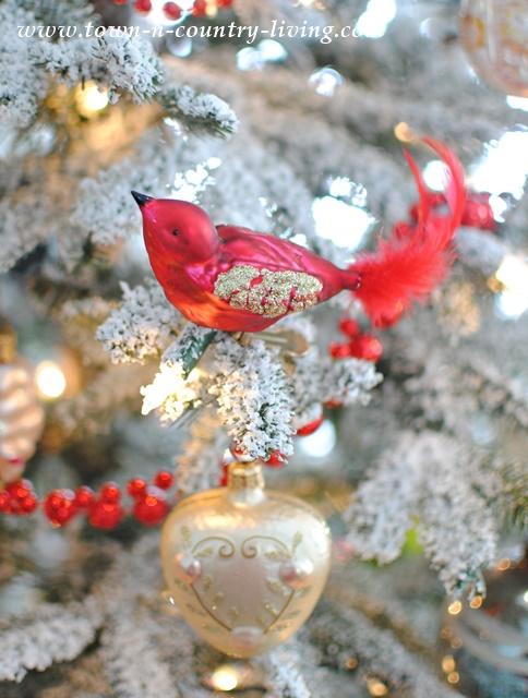 DIY Christmas Decor. Glass Vintage Ornaments on a Christmas Tree