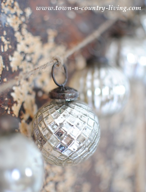 Silver Glass Ornament Strand