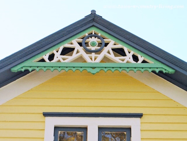 DIY Home Decorating - Painted Gingerbread on Victorian Farmhouse