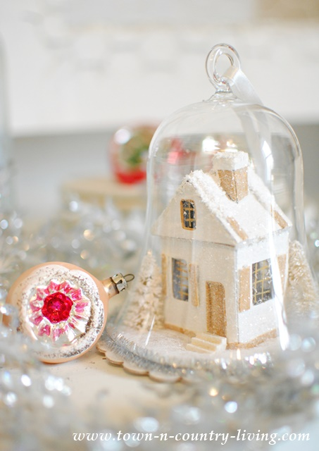 Christmas Decorating - Vintage Style Cloche Ornament