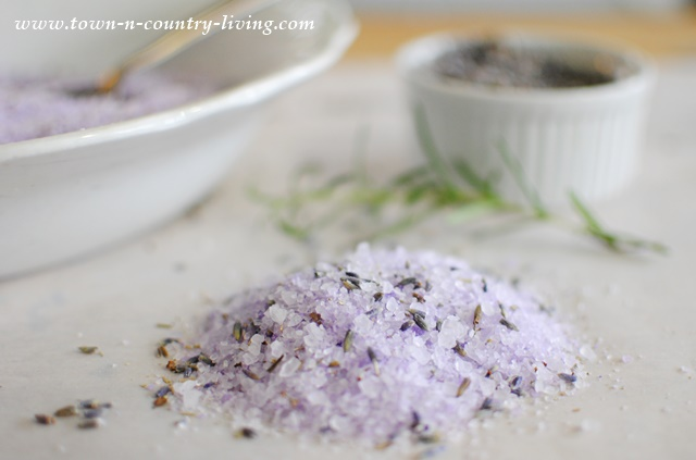 Make your own Lavender Rosemary Bath Salts for a therapeutic and relaxing bath soak