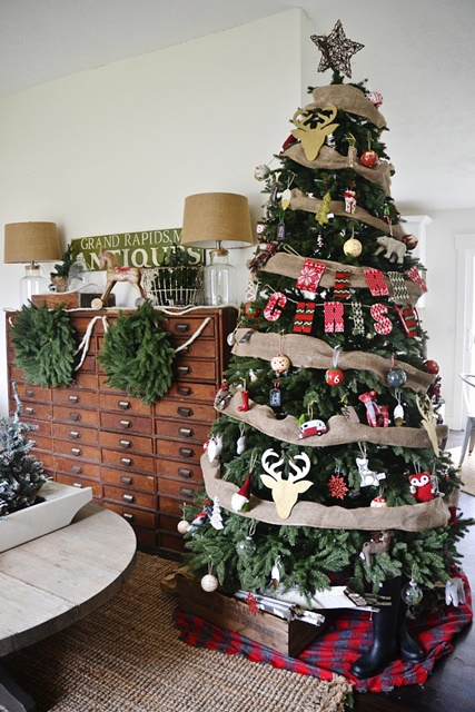Christmas Tree with Burlap Garland
