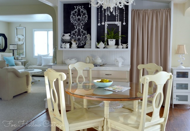 Charming Kitchen Dining Area