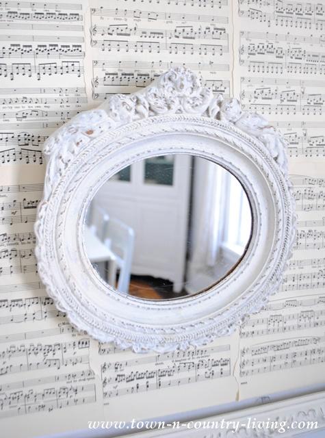 Shabby White Vintage Mirror