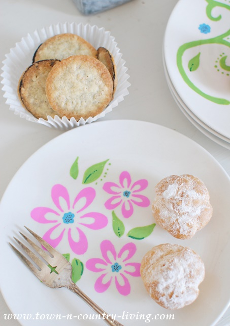 Stenciled Dessert Plates. See food safety info at the end of the post.