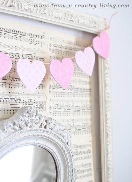 DIY Valentine Paper Heart Banner