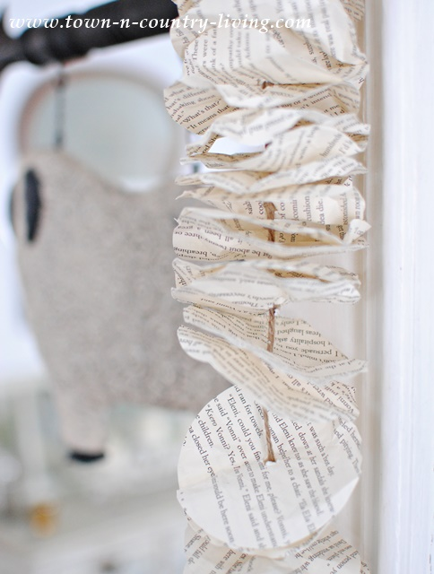 See how to make your own book page garland