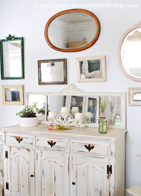 Vintage Mirror Wall graces a farmhouse dining room