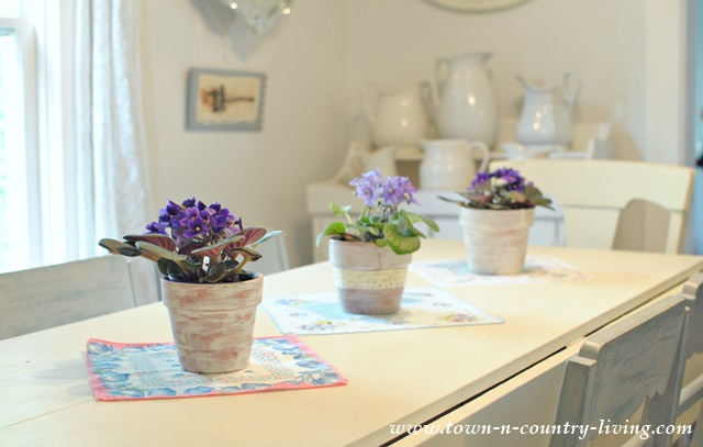 Create a vintage hankie table runner