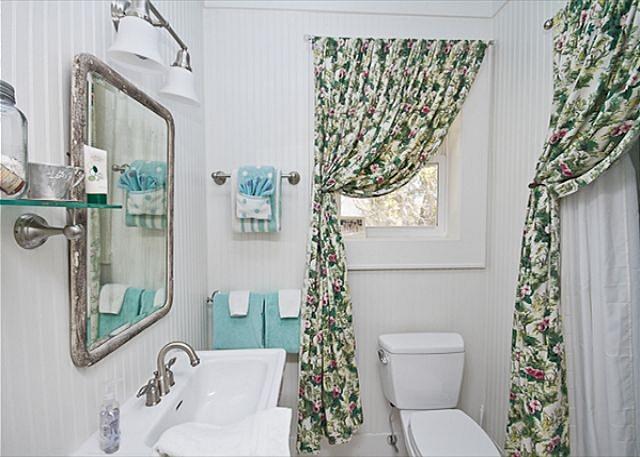 Vintage Style Bathroom