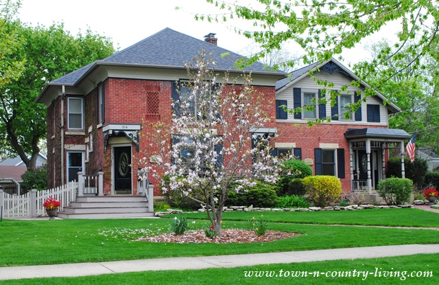 Brick Historic Home in St. Charles, Illinois