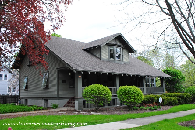 Historic Andresen Cottage in St. Charles, Illinois