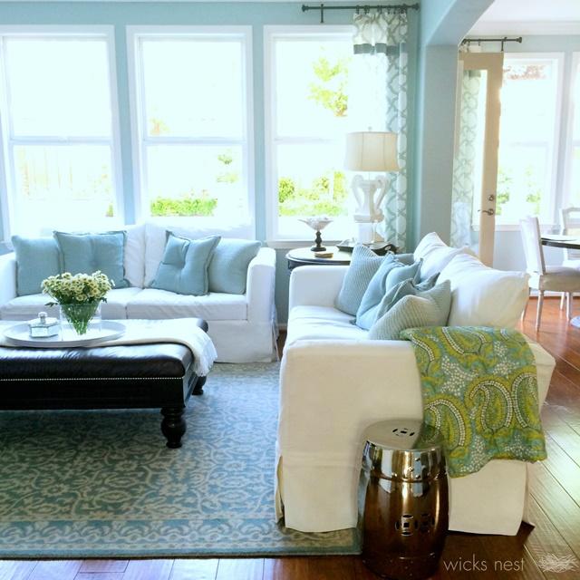 Light and Spacious California Living Room