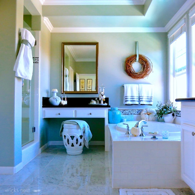 Master Bathroom with Soaker Tub