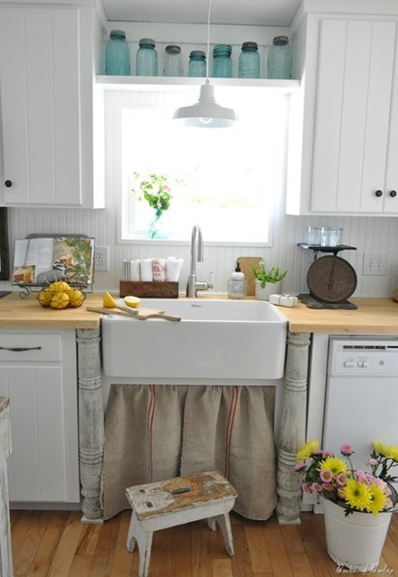 Farmhouse sink with burlap skirt