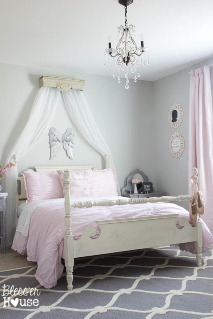 Ballerina Bedroom for a Girl