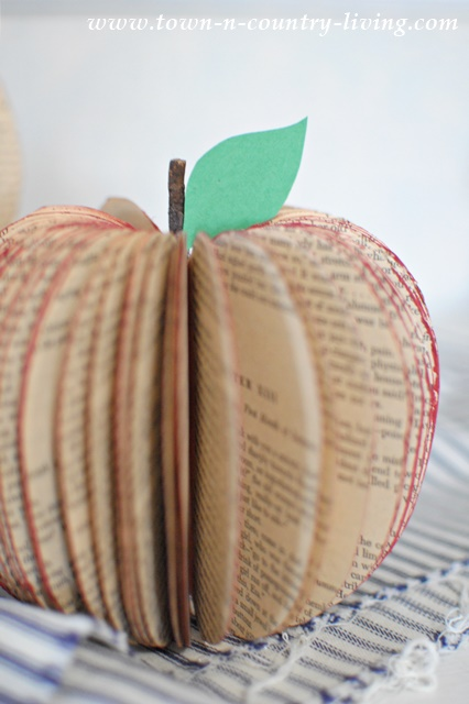 How to Make Book Page Apples