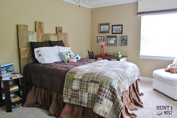 Boys Bedroom in Brown and Green