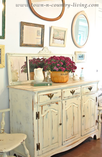 Vintage Buffet in Farmhouse Dining Room