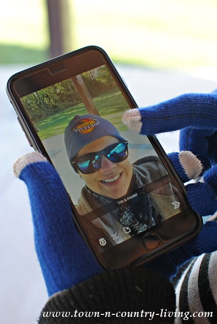 Using touch gloves with a smartphone