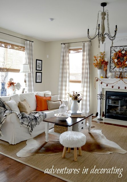Fall Decorating in a Great Room
