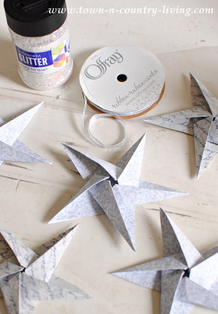 How to make glitter star DIY ornaments using origami