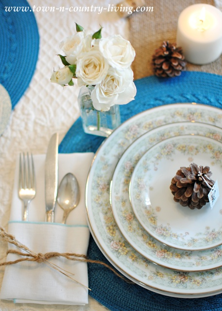 Blue and White Thanksgiving Table Setting