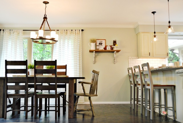 Eat In Dining Space